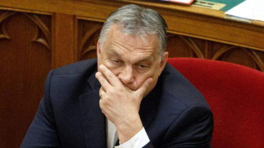 Az egyesült ellenzék diktálhat Fudan-ügyben, nem Orbán