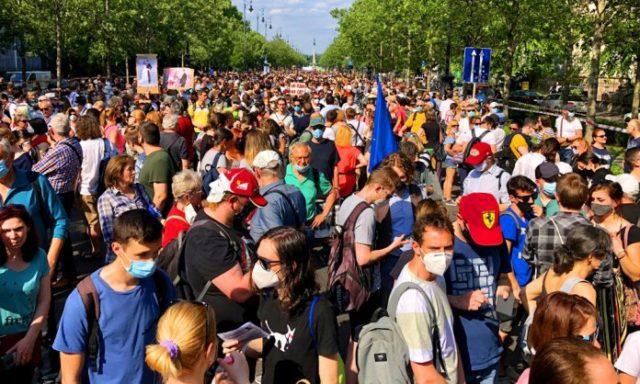 Betelt a pohár: két hét múlva megmozdul az ország, óriási tüntetés készül a Hősök terén
