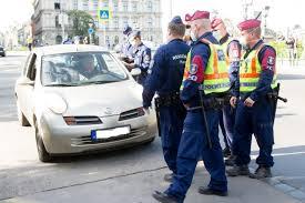 Hadházy Ákos autós tüntetés sok büntetés a demokráciáért-