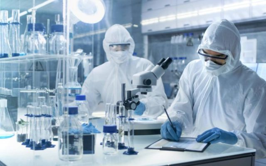 Mégis laborszökevény lehet a Covid? - Nincs bizonyíték a természetes eredetre, a mesterségesre viszont egyre több.