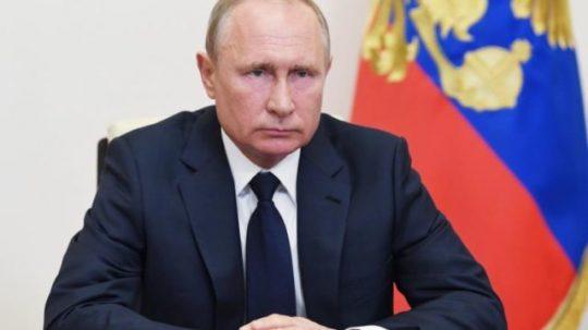 Navalnijt elítélték, megmérgezték Putyin börtön büntetése