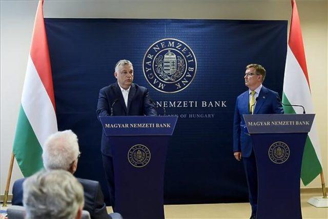 Orbán nagymértékben fenyegeti EU továbblépését Európa szuper-államot építő aggasztó nem véletlen