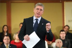 Gyurcsány-Ferenc-DK-elnöke-egy-kulcsos-adó-marad-