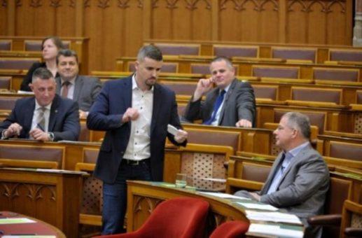 Rabszolgatörvény, botrányos fekete nap kosa lajos a parlamentben