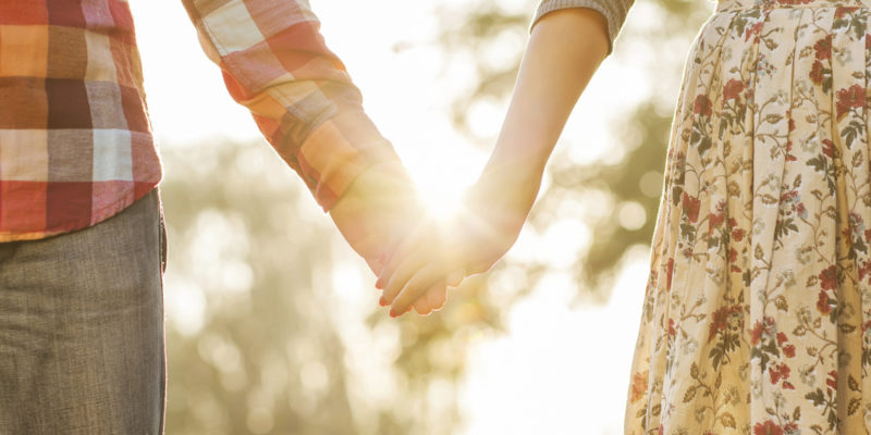 szerelem, társkereső tippek titkok, vágyaink vonzástörvénye, vágyakozás vonzásában, vonzás törvénye,